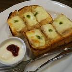 ひばり珈琲 - ツナチーズトースト