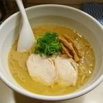 らーめん れんげ - 鶏白湯醤油らーめん 700円