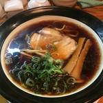 金久右衛門 - 大阪ブラック・太麺(720円)