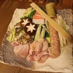 和食個室居酒屋 祇園邸 - 鍋の具材