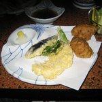 川魚 やまだ - なまずの天ぷらと(なまずの)たたき揚の盛合せ(特注:時価)