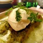 ラザーニャ・ラザーニャ - 海老とマッシュルーム アボカドのジェノベーゼソースのラザーニャ マスカルポーネチーズ添え