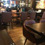 オスロ コーヒー - 店内。完全禁煙でくつろげます