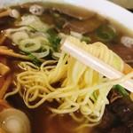 曙食堂 - 麺リフト