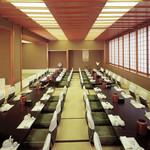 札幌かに家 - 3Fには最大80名様でご利用頂けるお座敷個室がございます。会社宴会や同窓会、歓迎会など各種ご宴会に◎