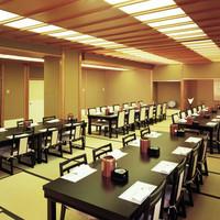 札幌かに家 - イス席で80名様の宴会も可能です
