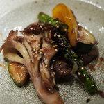 白金魚 - 和牛モモ肉のグリル