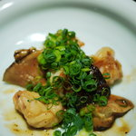 白金魚 - 海老とキノコのオイスターソース炒め
