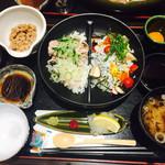 珠玉の蔵 - 料理写真:二代目茨城VICTORY丼