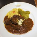 カフェラントマン - 仔牛のホホ肉の煮込み