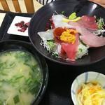 66467140 - 海鮮丼(7種)