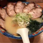 らーめんてつや - 2017年4月20日 塩チャーシュー麺