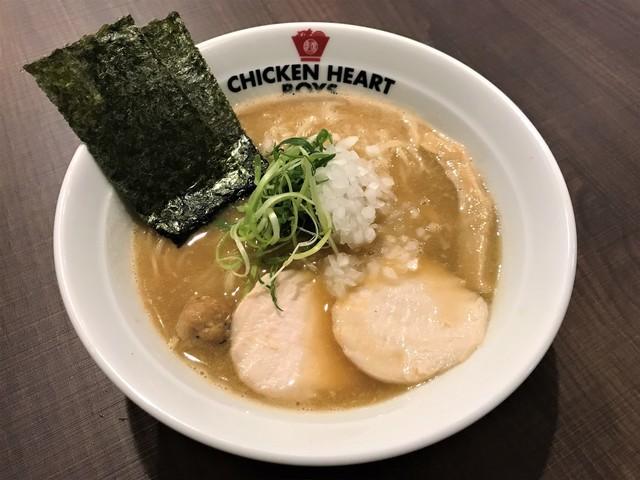 濃厚鶏白湯ラーメン チキンハートボーイズ