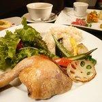 ラ・ムッジーナ - 人気の大山鶏ローストチキン