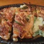 韓国料理 どやじ - 海鮮ちぢみは、パリパリで美味!