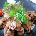 神田山荘レストラン - 生姜焼きのアップ