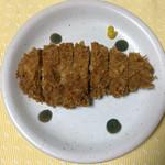 ドルチェ/かつ富 - はくば豚の上ロースカツ(単品)