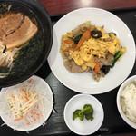 福満園 - 福満園・豚肉と木耳と卵炒めランチ¥750