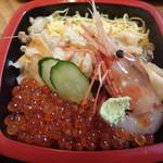 瓢六 - つぶ三色丼