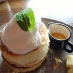 66499414 - リコッタチーズパンケーキ