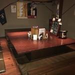 てげてげ - 【2017.4.26】奥にある団体用テーブル席。