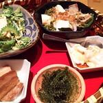 金魚すさび - 1705_金魚すさび KiKi京橋店_琉球御膳@1,000円 品数多く良いです!
