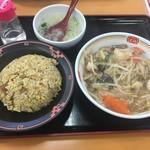 餃子の王将 - 料理写真:天バリの焼飯セット