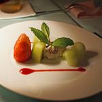 バー フラミンゴ - チャーム フルーツとチーズ