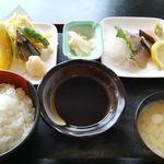JIVA食堂 - さわらセット1000円