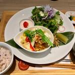 キャトルセゾン旬 - 料理写真:いろどりプレート 1512円