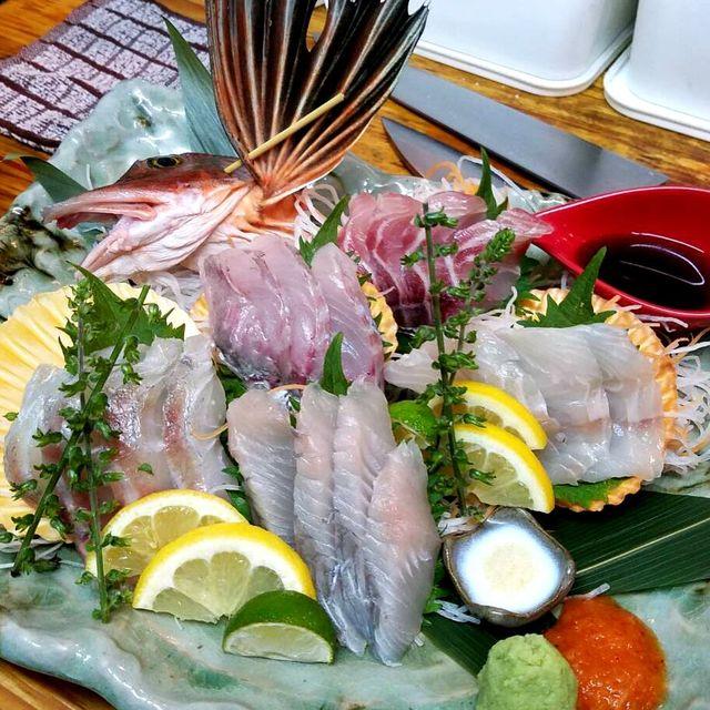 鮮魚・焼き鳥ダイニングCIRCUS - 日替わり珍魚刺し盛り。オニカサゴ、コチ、ホウボウ、アイナメ、カワハギ、黒ムツ、ヤガラ、ハタなど希少なお魚がリーズナブルに♪