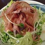 66513279 - 半生鰹節の水菜サラダ 490円