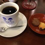 66519058 - 本日のコーヒー(クッキー付き)