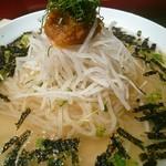 エイジング・ビーフ - 紀州梅冷麺。キムチがないのね。
