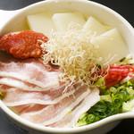 お好み焼き 道とん堀 - 博多豚骨もんじゃ 豚骨スープに明太子ともちで、やみつきになるうまさ!