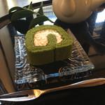 66524051 - 抹茶ロールケーキ