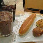 CAFE DANMARK - アイスココアとミルクフランスの甘さに癒される