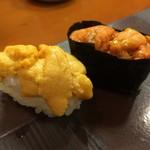 ふく鮨 - 料理写真:雲丹 しろ あか