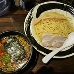 神保家 - 担々つけ麺 850円