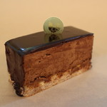 クリ ド コック - 1年を通してチョコレート菓子を販売しています
