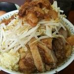 66537064 - 豚入りラーメン(800円 )つけ味(150円 )生卵(50円)
