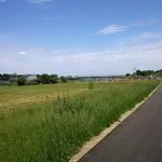 あかりや弧仙 - 近くの多摩川散歩道