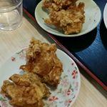 台湾料理 八福 - 定食に付く鳥唐揚げ