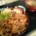 食堂 いしやま - 焼肉丼