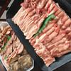 ファーマーズマーケット ブリオ - 料理写真:食べ放題の豚肉&加工肉盛り合わせ