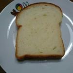ぶーる・ぶーる・ぶらんじぇり - ミルヒの食パン