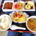 中華麺食堂かなみ屋 - 今週のランチ(ライス大盛り)
