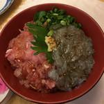 まぐろ三昧那智 - 二色丼(すき身とシラス)1380円