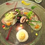 66556976 - サヨリと彩り野菜のマリネ ひよこ豆のがレット ふんわりとした雲丹とポテトのエスプーマと共に
