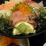レストラン白雲谷 - 海鮮丼